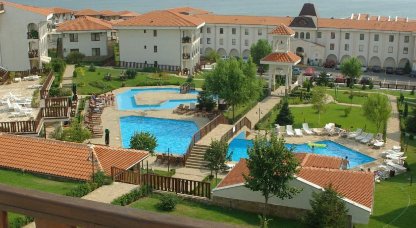 Хотелски Комплекс Камбани2