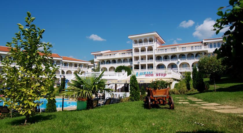 Хотелски Комплекс Лазур3