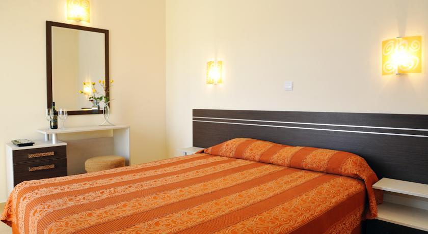 Хотел Ирис5