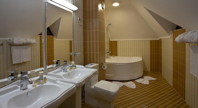 Хотел Чинар9