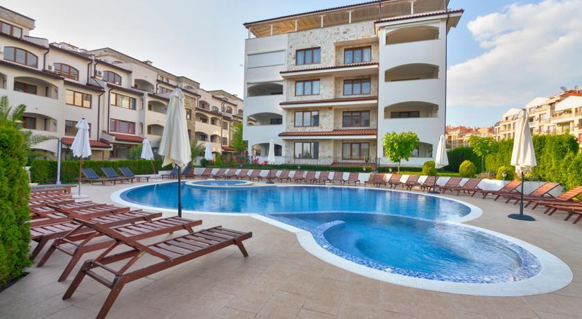 Casa Real Resort8