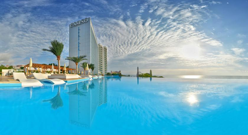 International Hotel Casino & Tower Suites1