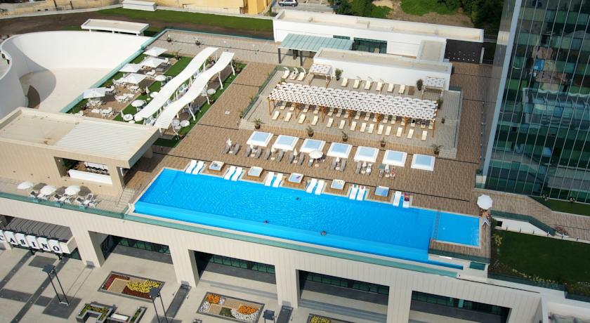 International Hotel Casino & Tower Suites20