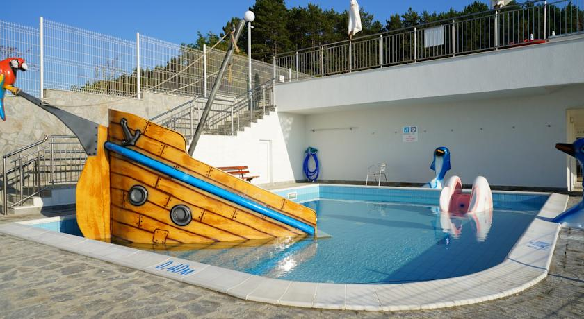 Sol Luna Bay Resort & Aquapark2