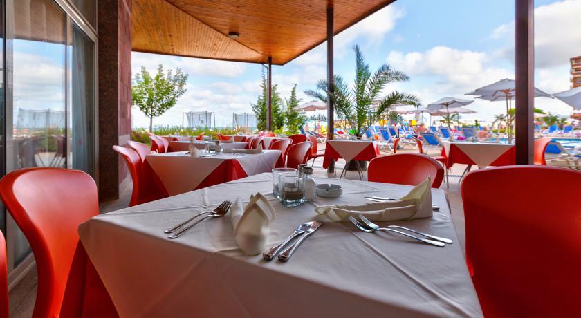 Sol Luna Bay Resort & Aquapark6